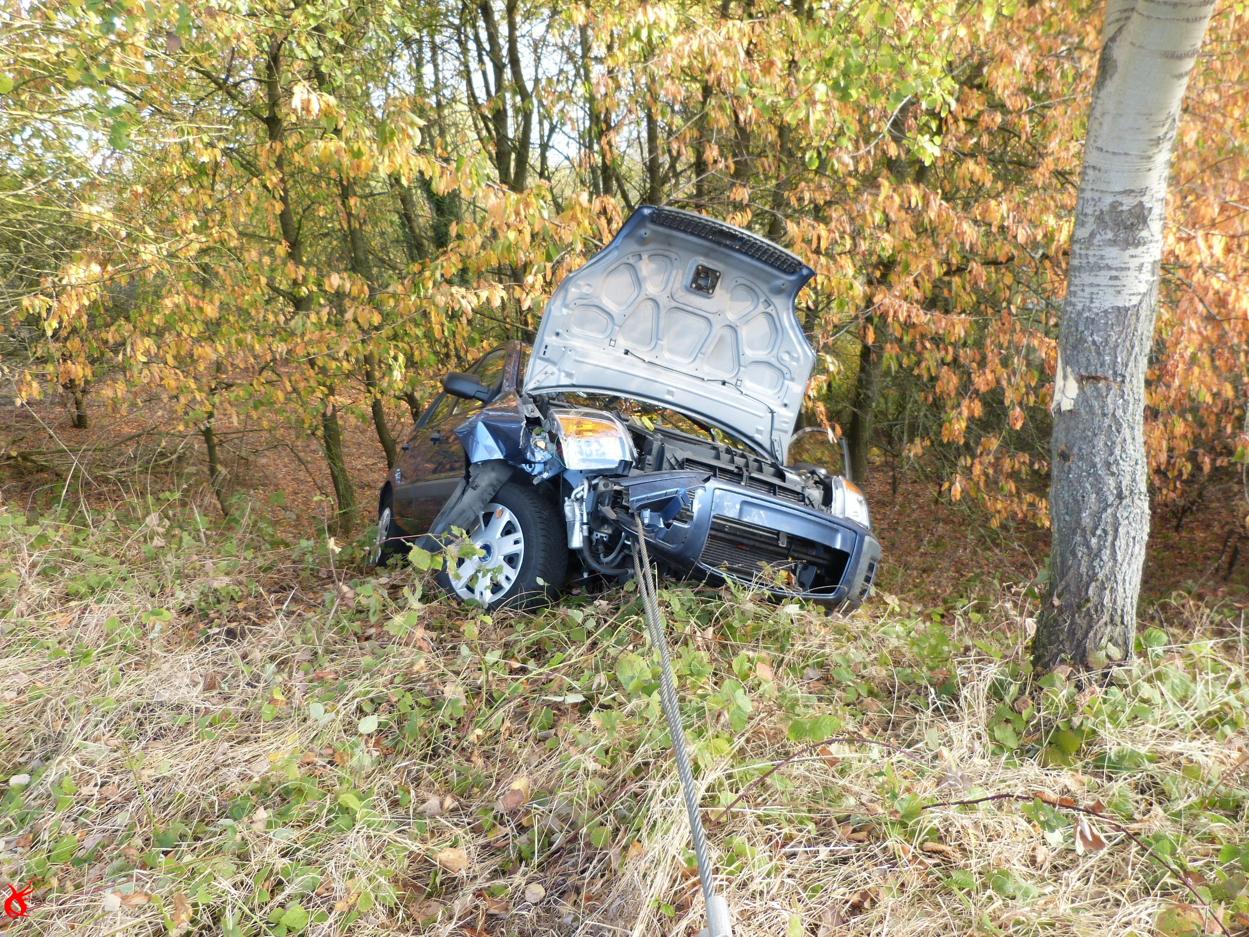 VU2 - Verkehrsunfall Person klemmt