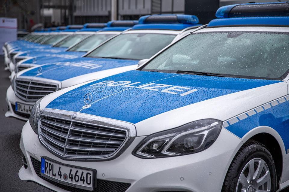 Streifenwagen Autobahnpolizei RLP(Autobahn Polizei)